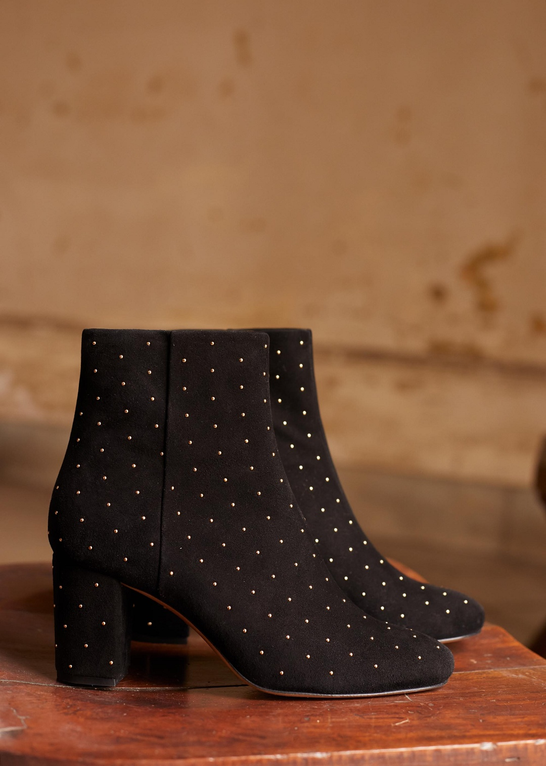 05c8e49c6716 Eshop · Shoes; Léa Boots