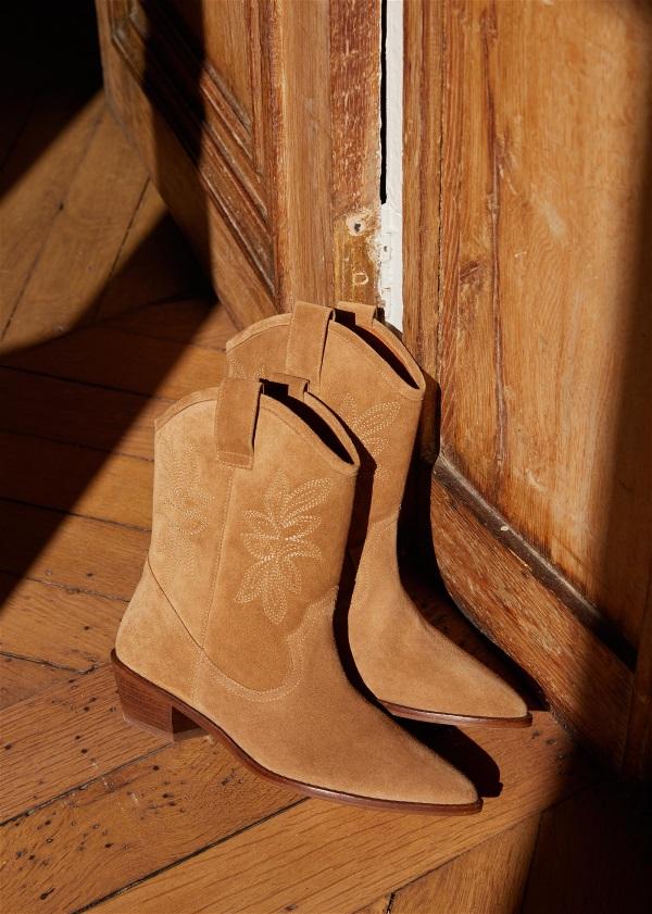 Penelope Boots by Sézane